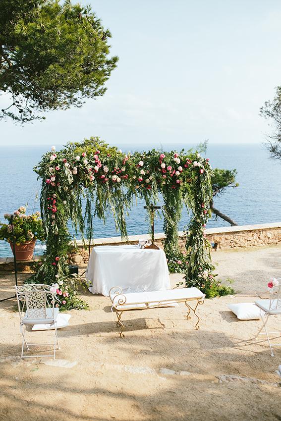 Arco floral para boda en Barcelona
