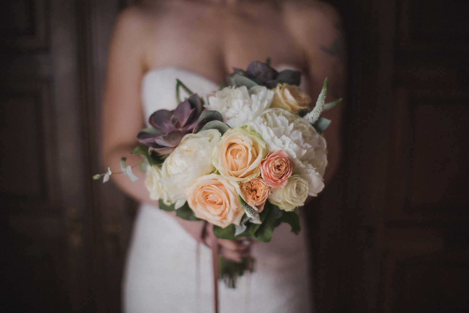 bouquet-bride-modernism-barcelona